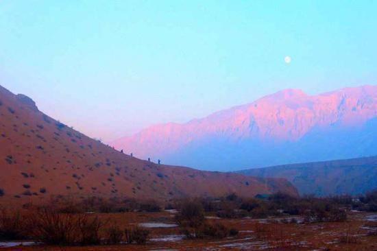 新疆旅游非常奇特的努尔加峡谷,图三