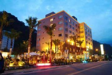 知本統茂溫泉旅館酒店