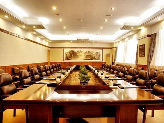 明霞厅会议室