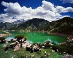 新疆阿克苏大龙池