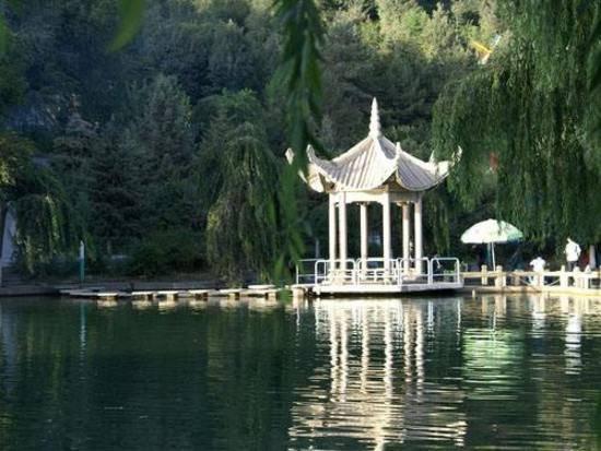 新疆阿克苏塔里木祥龙湖风景区,图一