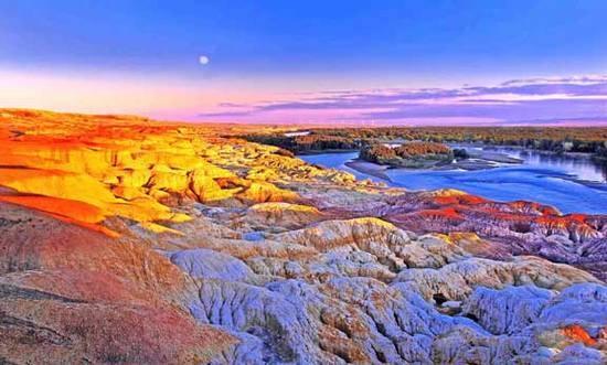 新疆阿勒泰五彩滩,图一
