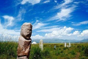 新疆阿勒泰草原石人风景区,图三