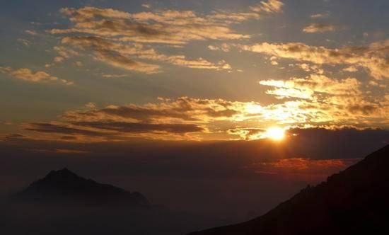 新疆天山天池马牙山观景点,图二