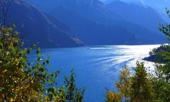 新疆天山天池马牙山观景点,图一