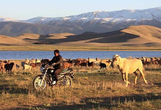 新疆哈密天山之夏狩猎场,图一