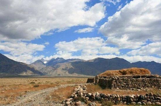 新疆哈密天山之夏狩猎场,图二