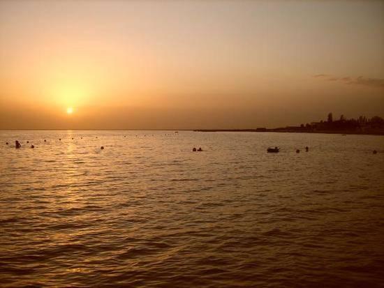新疆库尔勒和硕县金沙滩旅游度假区,图一