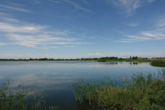 新疆库尔勒巴州相思湖旅游度假区,图一