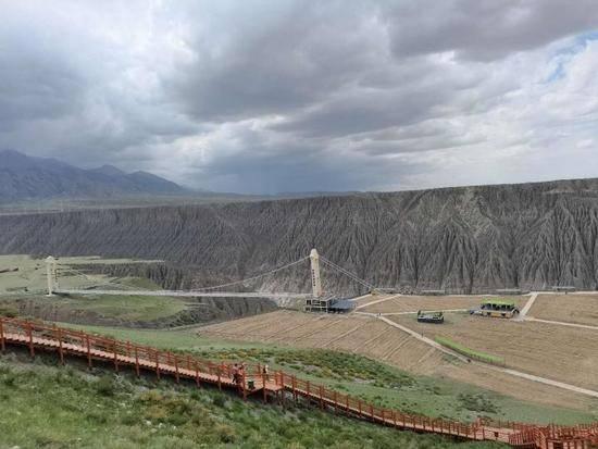 新疆克拉玛依独山子大峡谷,图四