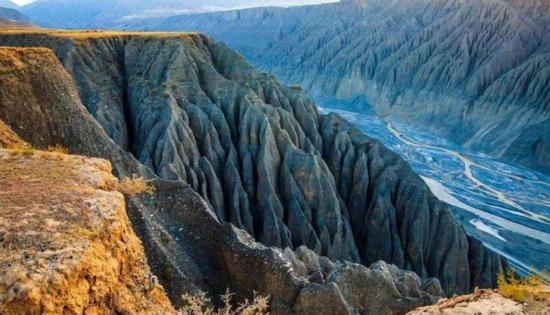 新疆克拉玛依独山子大峡谷,图二