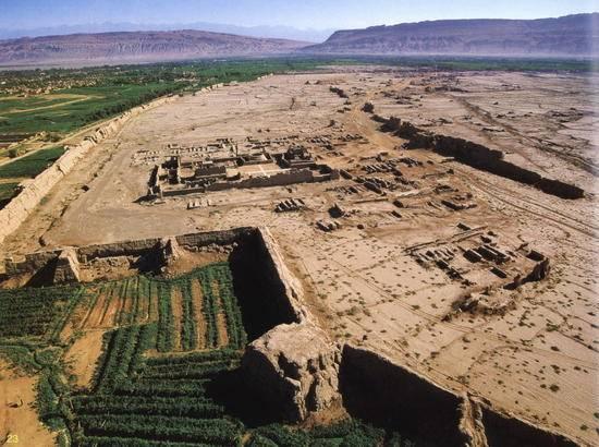 新疆吐鲁番坎儿井,图二
