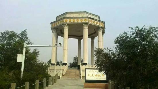 新疆乌鲁木齐妖魔山公园,图三