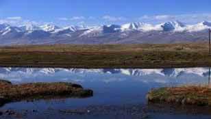 巴音布鲁克草原最美的湖沼地