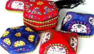 新疆維吾爾族手工花帽
